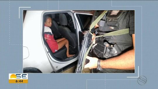 20 pessoas são presas e quatro mortas durante operação policial contra tráfico de drogas