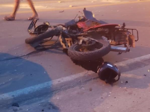 Motociclista morre após colisão com carro na Oswaldo Cruz em Ubatuba - Notícias - Plantão Diário