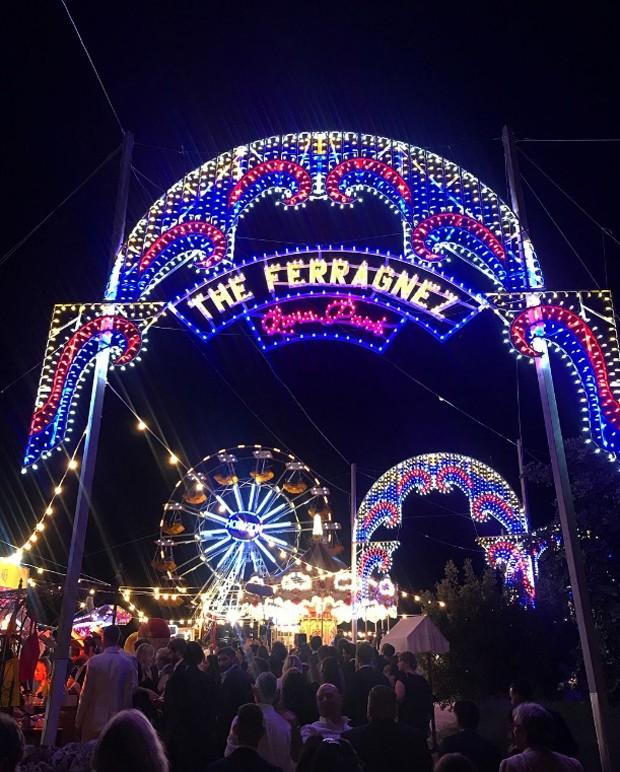 Casamento Chiara Ferragni e Fedez: Entrada do parque de diversões The Ferragnez - Luna Park  (Foto: Instagram/Reprodução)