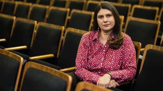 """""""A avaliação negativa em relação ao futuro tem impacto na atividade, porque limita o investimento"""", diz a economista Silvia Matos (Foto: BIANCA GENS/DIVULGAÇÃO FGV, via BBC News Brasil)"""