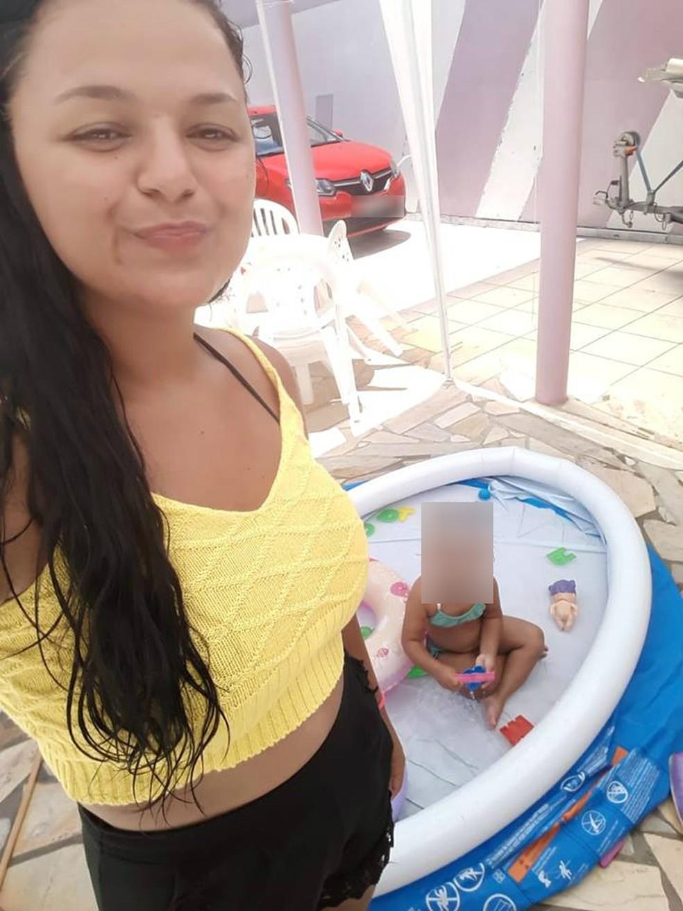 Daniela foi morta a facadas em 14 de janeiro, em Fazenda Rio Grande, na Região de Curitiba. O ex-marido dela é acusado do crime — Foto: Divulgação/Facebook