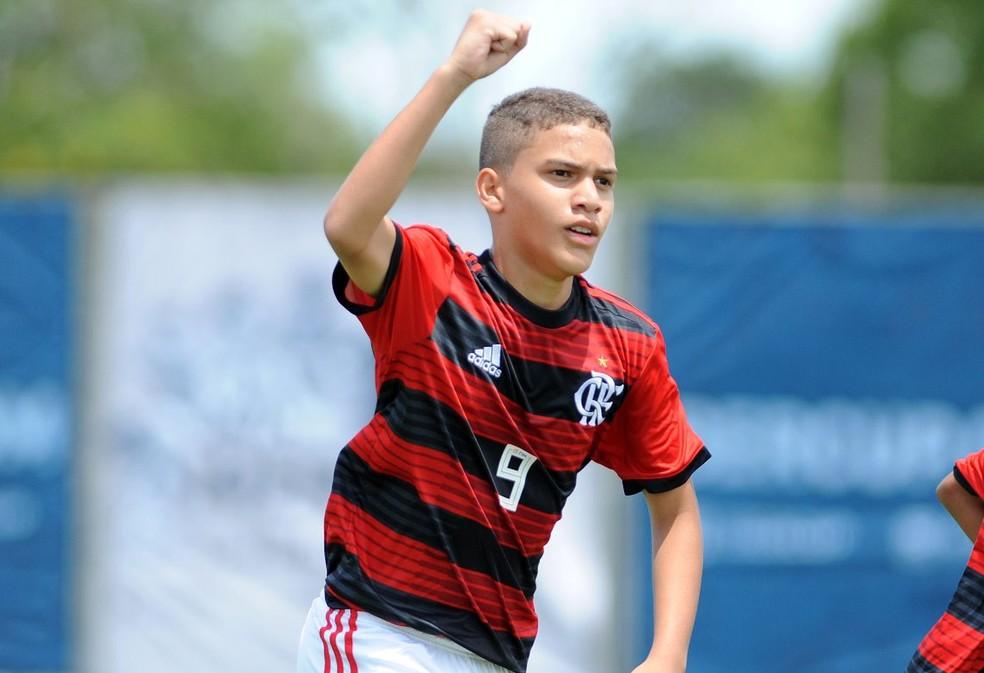 ... David Viana Flamengo Ibercup — Foto  Ricardo Rímoli  Divulgação Ibercup 335337c4f56d3