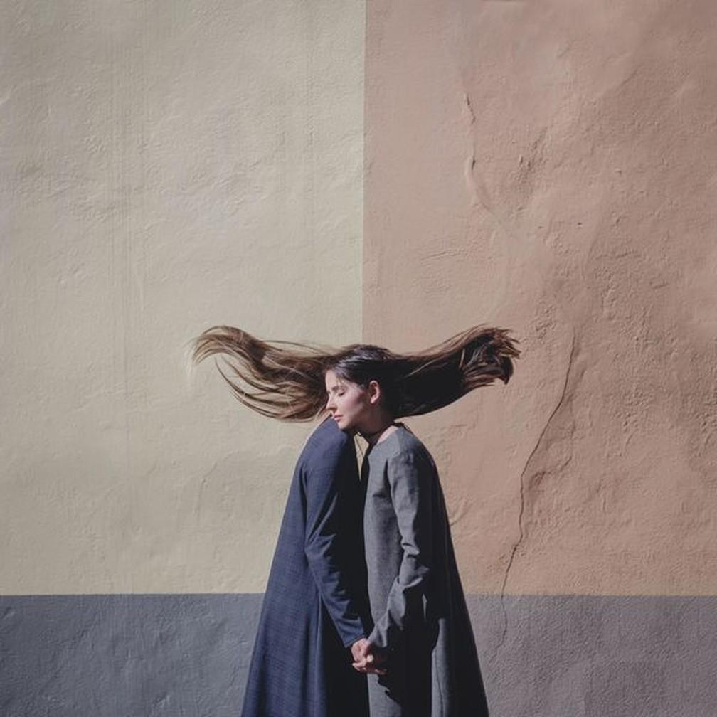 Imagens alteradas: Conceito da foto vencedora na categoria explora diálogos interiores e debate, segundo a autora — Foto: Dasha Pears via Smithsonian Mag