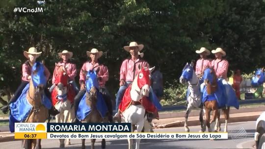 Cavaleiros participam de romaria montada entre São Desidério e Bom Jesus da Lapa