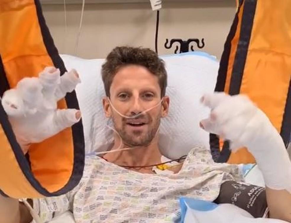 Romain Grosjean grava vídeo para tranquilizar fãs após grave acidente — Foto: Reprodução