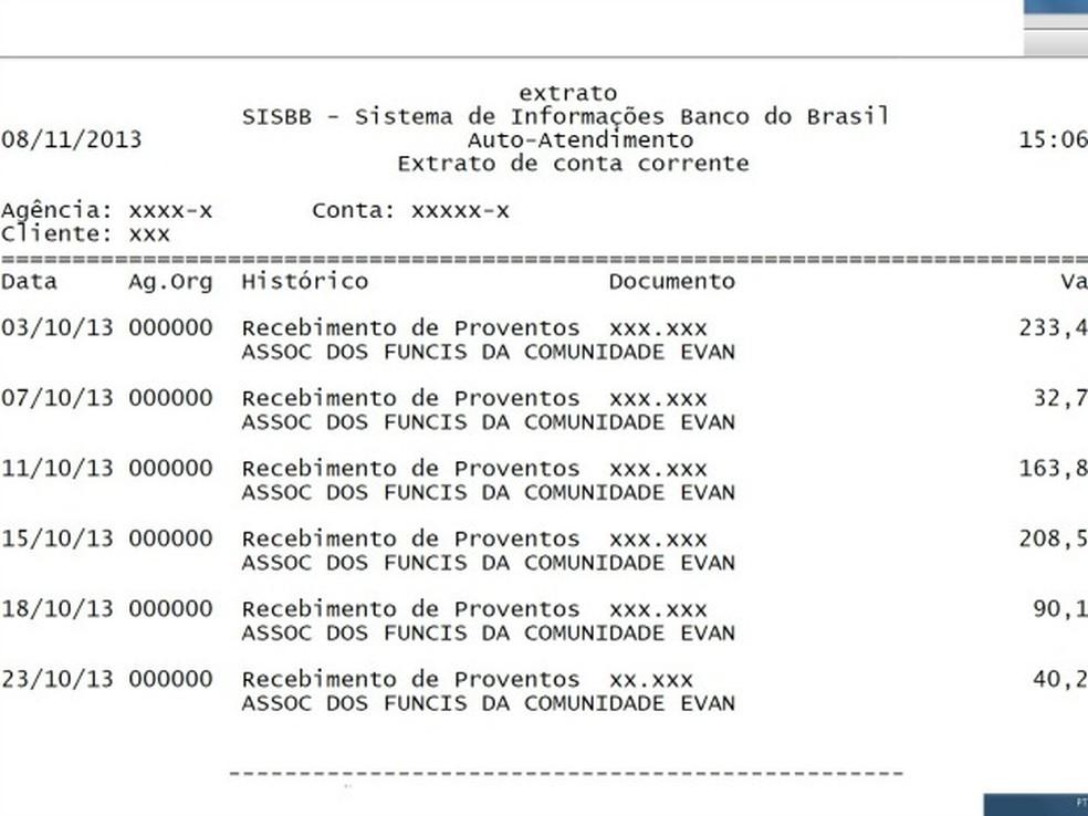 Extrato de funcionário, de 2013, mostra sequência de depósitos que explicita a crise financeira da Ulbra na época — Foto: Cátia Moraes / Divulgação