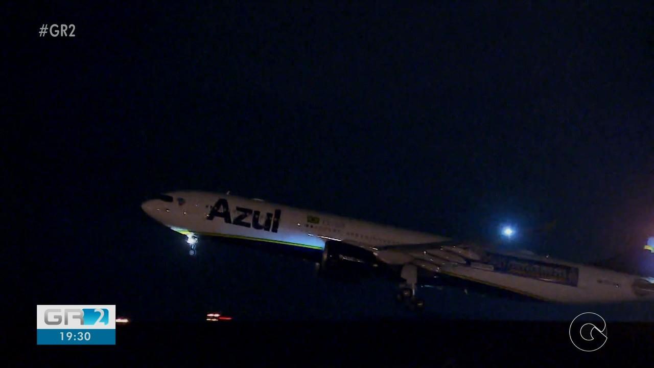Chegou a Manaus o avião da Azul que que buscaria dois milhões de doses de vacina na índia