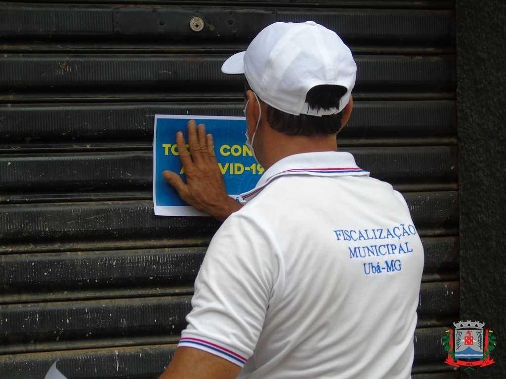 Estabelecimentos abertos em Ubá são fechados por descumprir decreto municipal