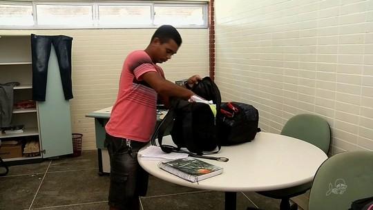 Em Santana do Acaraú, alunos estão sem transporte escolar