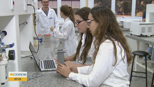 Estudantes da Unesp Araraquara fazem 'vaquinha' para levar pesquisa aos EUA