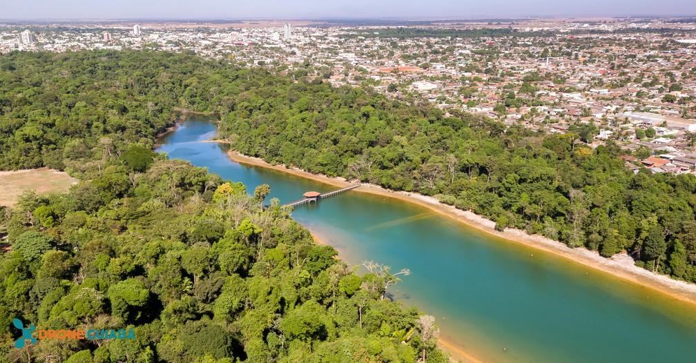 Cidade cresceu e se tornou uma das maiores do estado — Foto: Drone Cuiabá