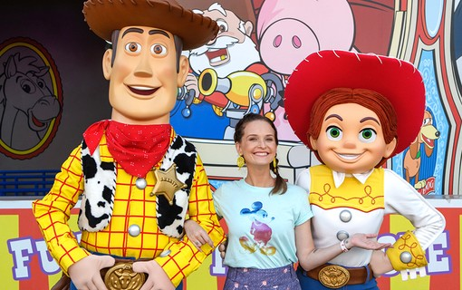 Fernanda Rodrigues na nova Toy Story Land no Disney´s Hollywood Studios
