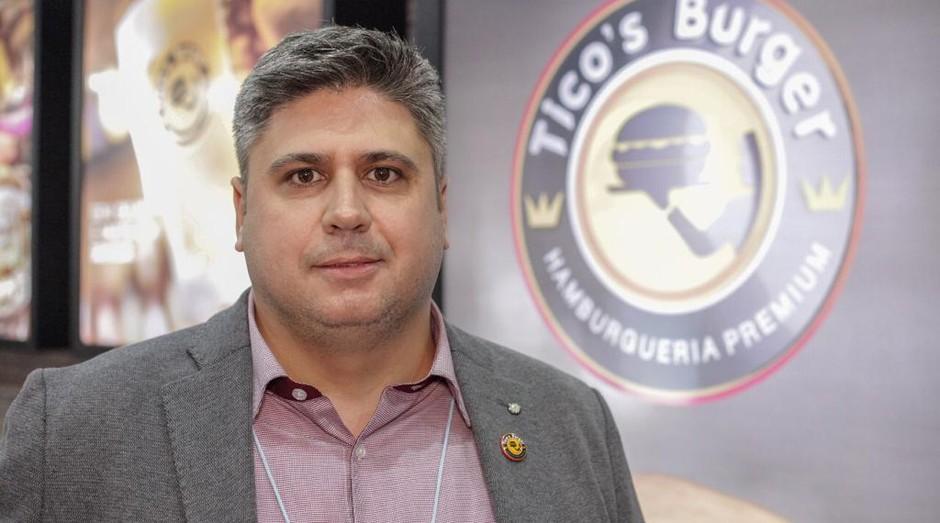 Tiago Stabile abriu a Tico's Burger em 2014 (Foto: Divulgação)