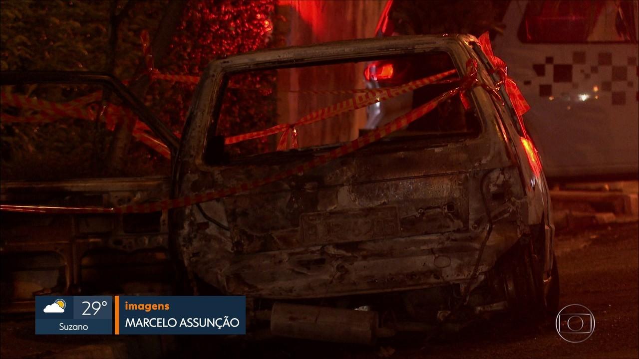 Dois corpos carbonizados são encontrados em carro no ABC