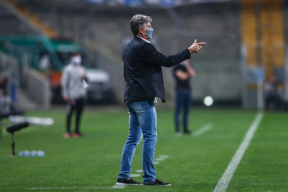 Renato em vitória do Grêmio no Gre-Nal — Foto: Lucas Uebel/Grêmio