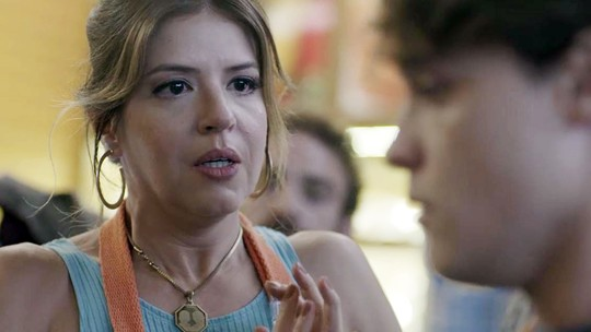 Assaltantes põem terror em Carla e Marco Rodrigo no Baixadas