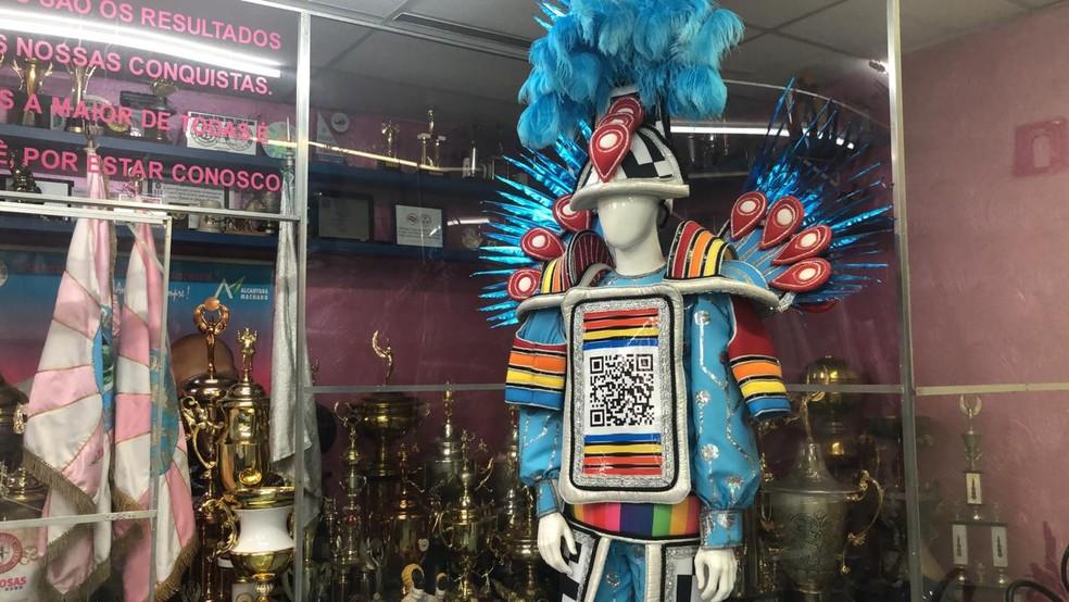Fantasia com QR Code da Rosas de Ouro; escola da Freguesia do Ó vai falar sobre a quarta revolução industrial em desfile do carnaval 2020 — Foto: Divulgação