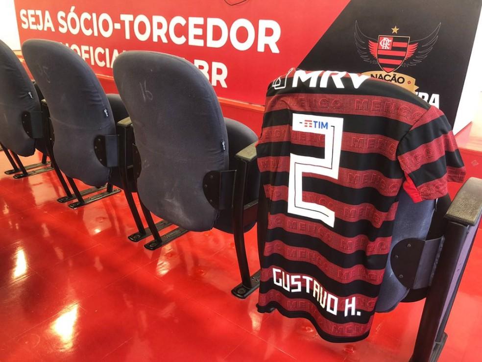 A camisa 2 de Gustavo Henrique — Foto: Divulgação / Flamengo