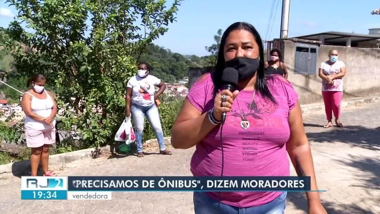 Moradores do bairro Caixa D'água, em Barra do Piraí, reclamam da falta de ônibus
