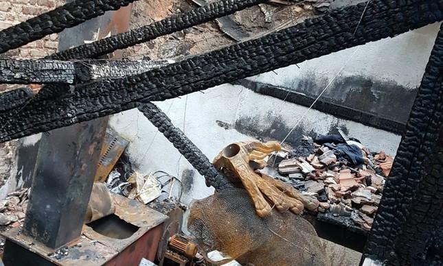 O fogo começou na cozinha