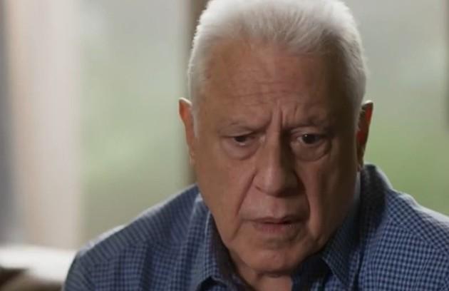 Na quarta-feira (15), Alberto (Antonio Fagundes) escorraçará Diogo da editora (Foto: TV Globo)