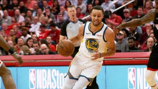 Enterradas de LeBron James chamam atenção, mas Stephen Curry é o cara da semana da NBA