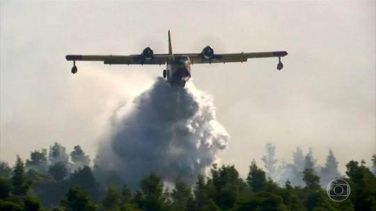 Incêndio atinge a ilha de Eubeia, na Grécia