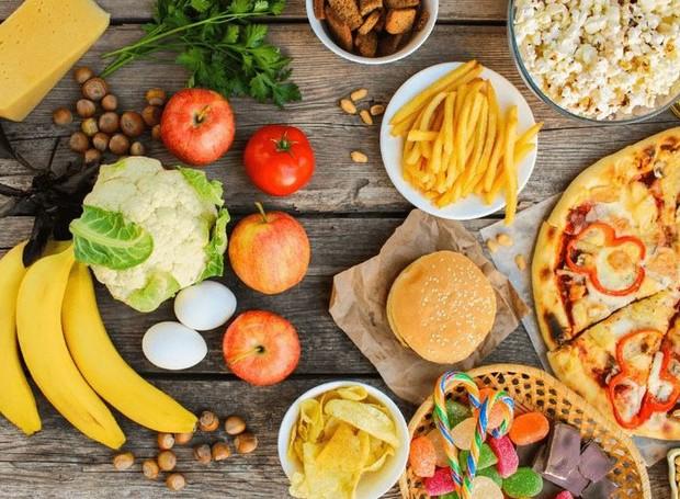 Os princípios da dieta intuitiva se concentram em escutar a fome, valorizar a saúde e fazer as pazes com a comida (Foto: IStock/ Reprodução)