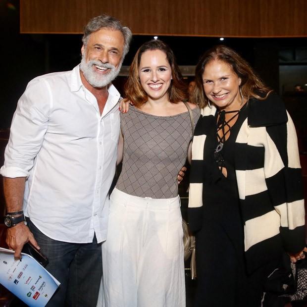 Oscar Magrini, Mariana e Fafá de Belém  (Foto: Manuela Scarpa/Brazil News)