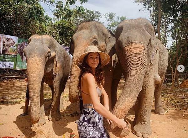 A modelo argentina Camila Morrone de férias na Tailândia (Foto: Instagram)