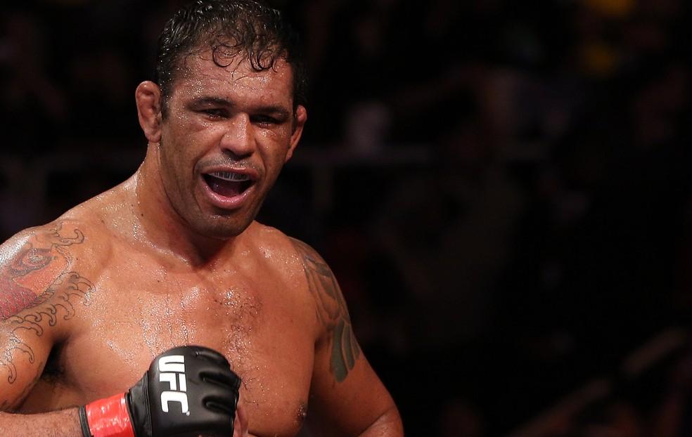 Rodrigo Minotauro se aposentou do MMA em 2015, no Ultimate, e hoje é embaixador da organização no Brasil (Foto: Agência Getty Images)