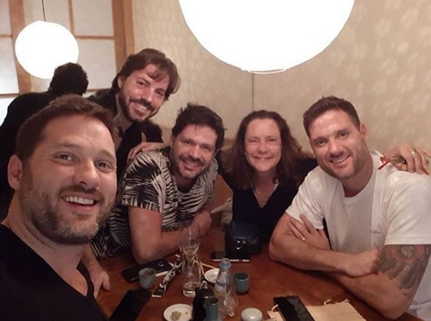 Tadeu Picchi, Diogo Picchi, Thiago Picchi, Elizabeth Savala e Cyro Picchi (Foto: Reprodução/Instagram)