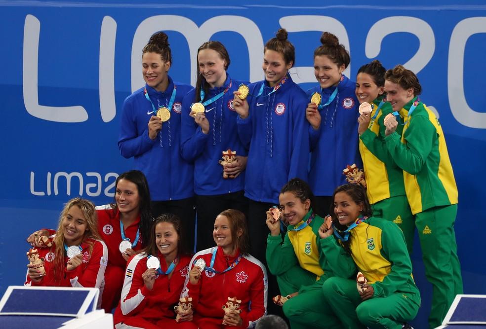 Revezamento 4x200m livre feminino - natação bronze Pan de Lima — Foto: REUTERS/Pilar Olivares