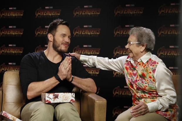 Chris Pratt e vovó Pamirinha (Foto: Divulgação/Disney)
