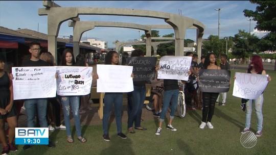 Após seis dias de greve, estudantes fazem manifestação e apoiam professores em Luís Eduardo Magalhães