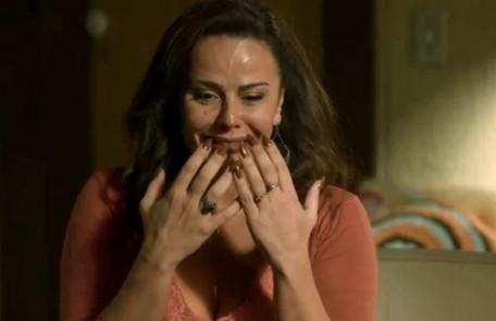 Na sexta-feira (22), Neide (Viviane Araújo) procurará Murilo e revelará que os dois tiveram uma filha.  TV Globo