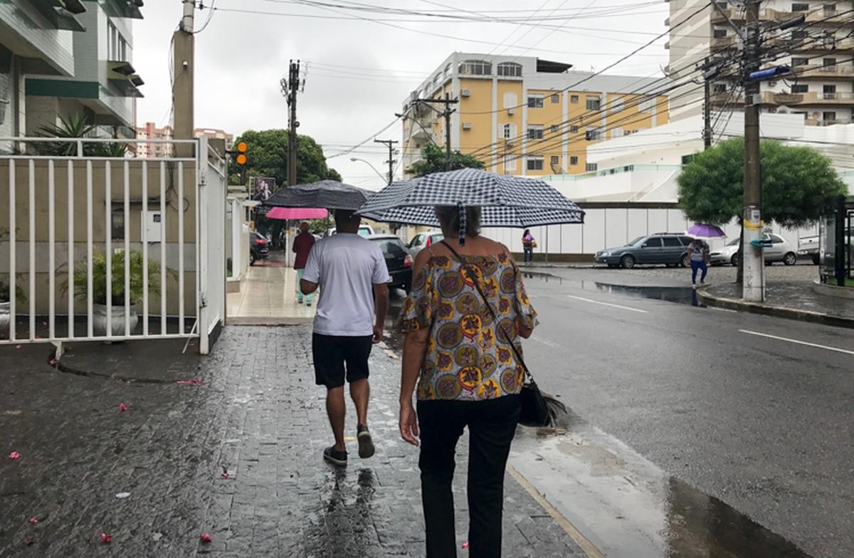Alerta de chuva forte para o sábado deixa Defesa Civil de prontidão em Campos, no RJ