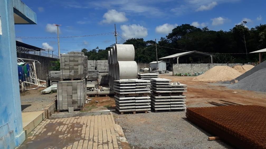27 reeducandos trabalham nas fábricas de concreto — Foto: Sesp-MT/ Assessoria