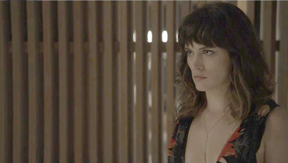 Clara acusa Renato de tentar matá-la (Foto: TV Globo)