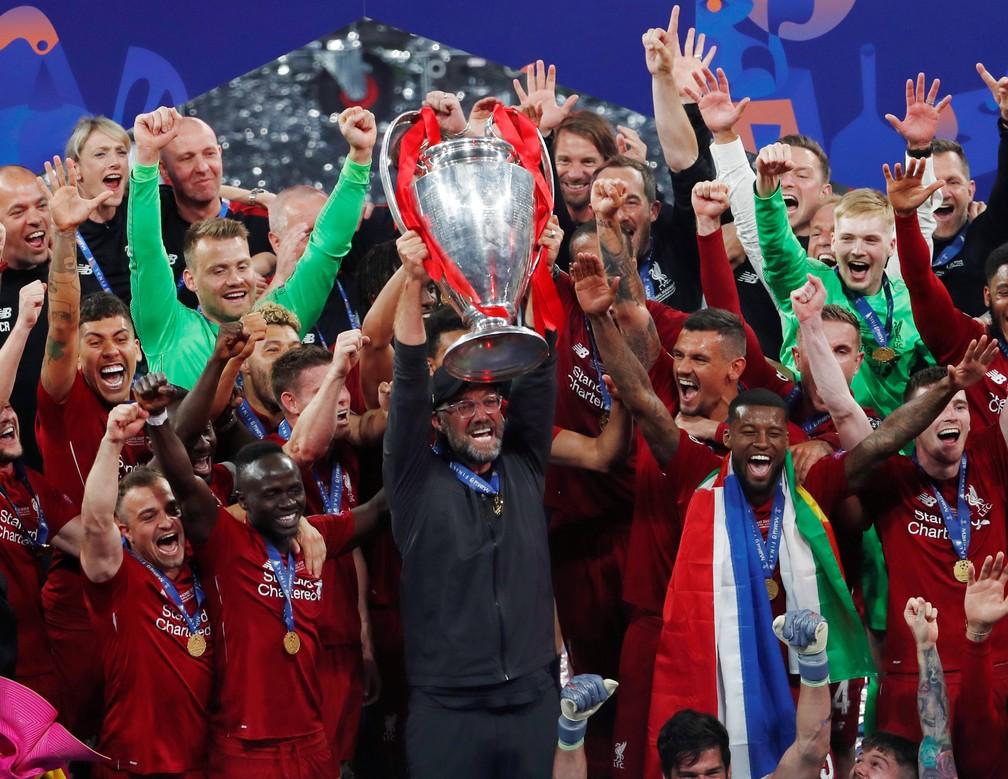 O maior triunfo da carreira de Jürgen Klopp: Liverpool tem toda identidade do técnico — Foto: Sergio Perez/Reuters