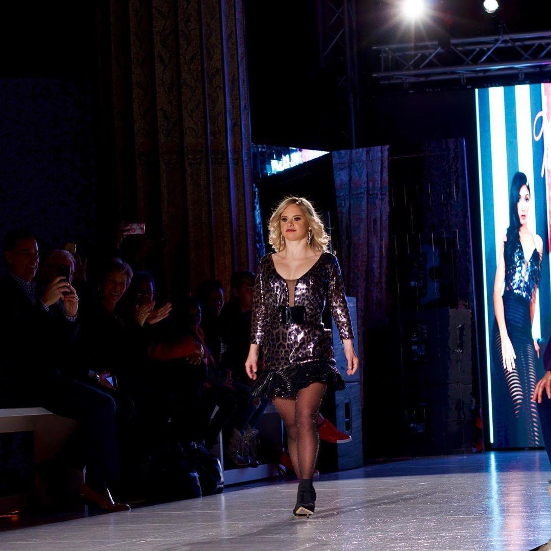 Sofía Jirau desfila na New York Fashion Week (Foto: Reprodução/Instagram)