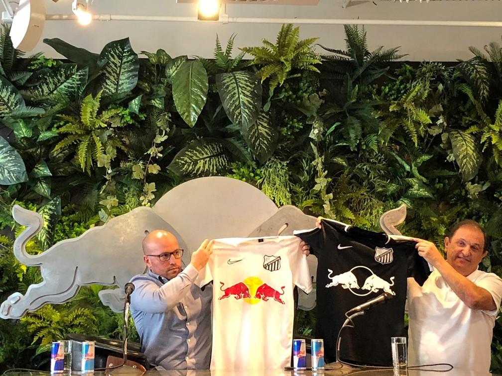 Apresentação oficial da parceria entre Bragantino e Red Bull — Foto: Maurício Oliveira