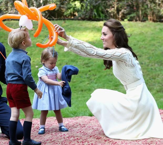 Kate Middleton comemora 37 anos com festa do chá, no Palácio de Kensington (Foto: Getty Images/ Reprodução)