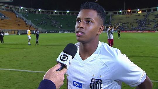 """Aos 17 anos, Rodrygo festeja gol na estreia do Brasileirão: """"Ficha ainda não caiu"""""""