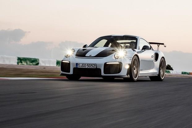 Porsche 911 GT2 RS (Foto: Divulgação)