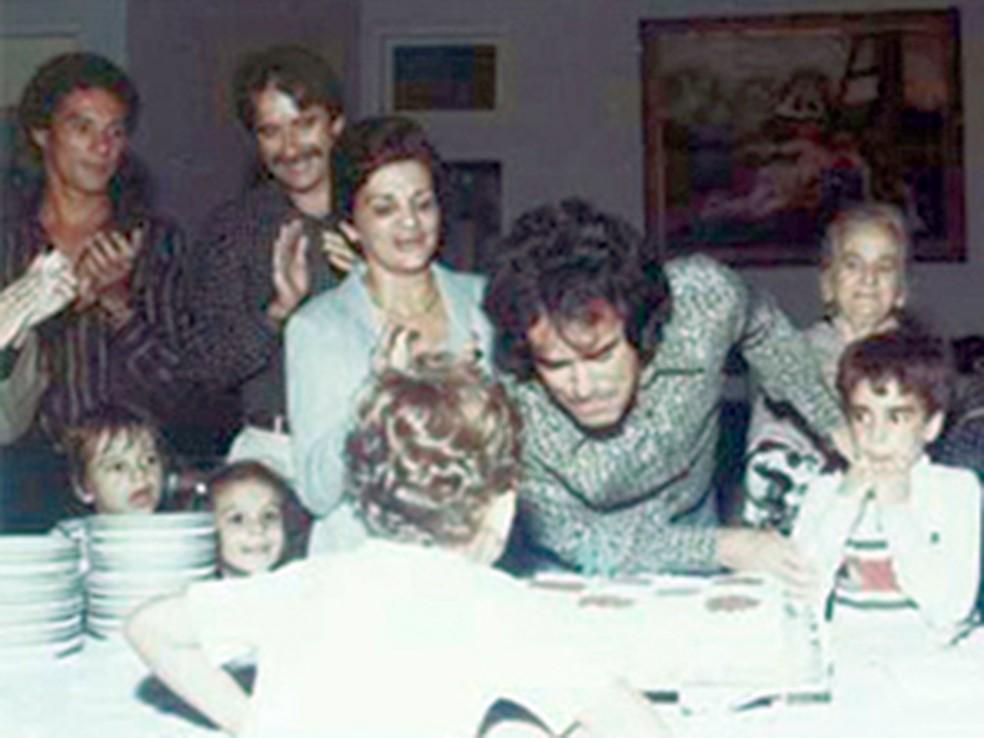 Luxemburgo (à esquerda), durante festa de aniversário de Antônio Lopes, em 1982: dupla trabalhou no Vasco — Foto: Site oficial de Antônio Lopes