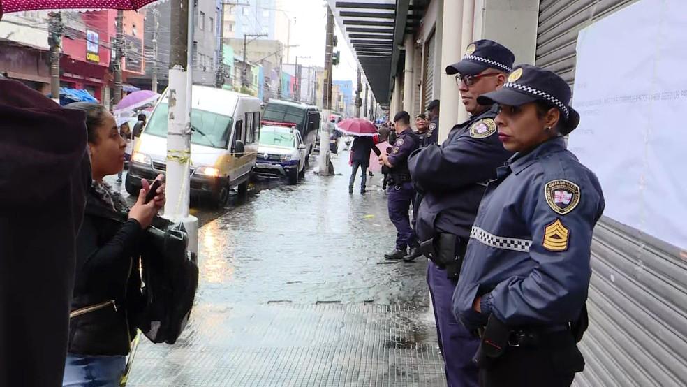 Operação policial na região central de São Paulo nesta segunda-feira (2) — Foto: Reprodução/TV Globo