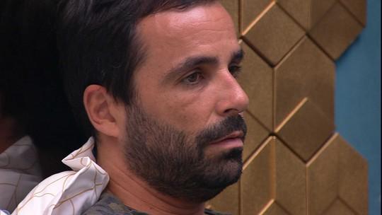 Vinicius especula sobre Hana, Hariany e Paula: 'Devem estar vendo tudo'