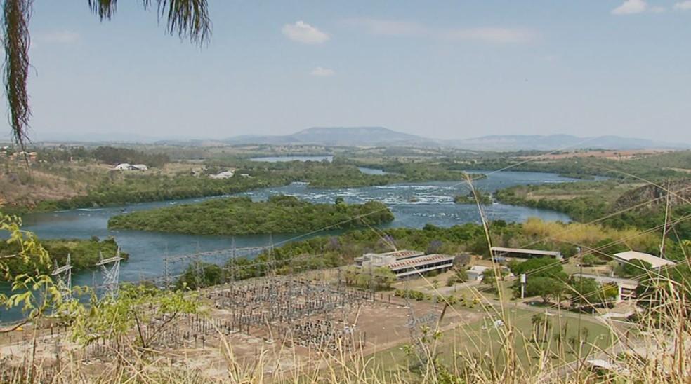 Lago de Furnas em São José da Barra — Foto: Reprodução EPTV