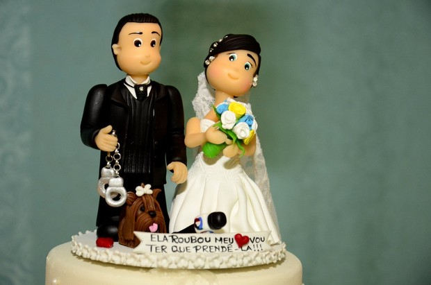 Detalhe do bolo de casamento de Luciana Picorelli (Foto: Roberto Teixeira/Ego)